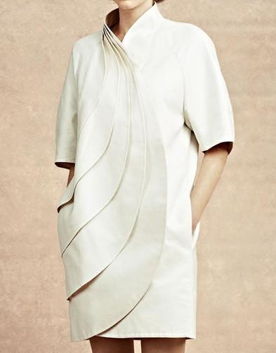 Непростые решения: оригинальная одежда сложного кроя...